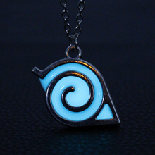 Japan anime naruto Symbol noctilucent Necklace Large wood leaves Glowing Silver necklace MB