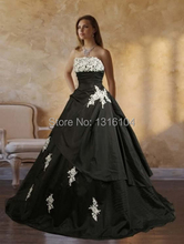 Medieval Black White Bridal Gowns Colorful Two Tones Strapless Ball Gown Taffetea Gothic Wedding Dresses