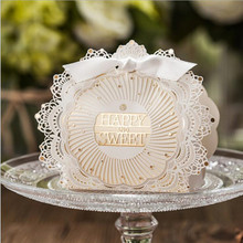 2017 New Romantic Lace Wedding Gift favors Bag Elegant White Luxury Decoration Laser Cut Party Sweet Guest Paper Candy Box(China)