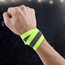 2PCS/Pair High Visibility Band Reflective Wristbands Elastic Ankle Wrist Bands arm For Waling Cycling Running Outdoor Sports(China)
