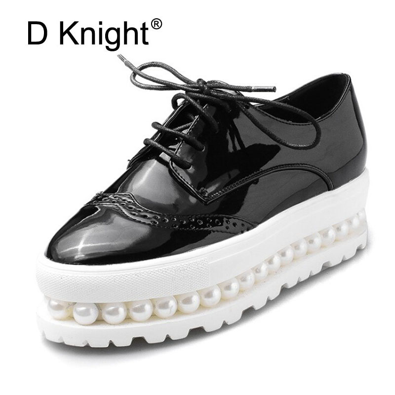 Women Brogue Shoes Lace-up Oxfords For Women Black White Platform Shoes Woman Beading Thick Bottom PU Leather Flats Plus Size 43<br>