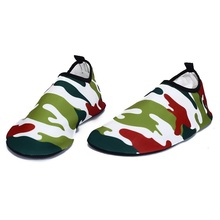 S-XLCamouflage Rubber Adult Swimming Fins Diving Socks Non-slip Seaside Beach Shoes Quick Dry Snorkeling Boots Prevent Scratched(China)