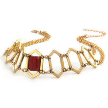 collier femme rouge game of thrones