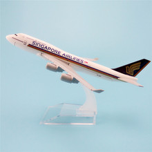 16cm Metal Alloy Plane Model Air Singapore Airlines B747 Airways Aircraft Boeing 747 400 Airplane Model w Stand  Gift