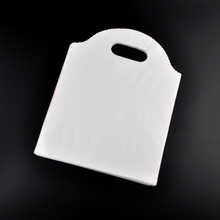 100pcs/lot 18x23cm White Plastic Bag Recyclable Jewelry Boutique Gifts Packaging Bags Favor Plastic Gift Bags With Handle