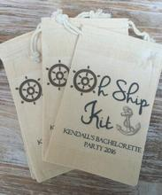 custom oh ship kits Champagne Party wedding crusie Hangover Kit jewelry favor muslin Bags Bachelorette hen bridal shower favors