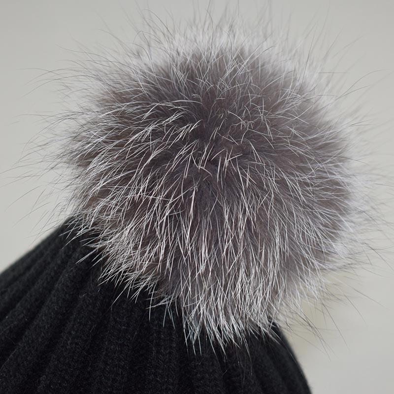 silver fox fur pompom 4