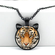 2017 New Tiger Pendant Jewelry Glass Tiger Necklace Glass Photo Cabochon Necklace HZ2-00108