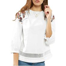 2017 spring new fashion embroidery women shirts long sleeve womens clothing lace women tops splice white women blouses(China)