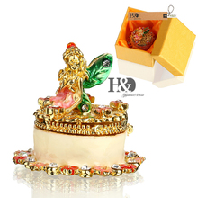1.9*1.8IN Trinket Box Metal Cake Figurine Earring Ring Storage Box Wedding Jewelry Case Beauty Decor  Birthday Gift Crafts