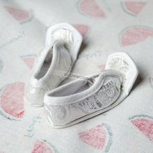 "OOAK White Ancient Chinese Embroidered Shoes Flats For 1/4 17"" 44cm MSD Tall BJD doll DK DZ AOD DD Doll FREE SHIPPING(China)"