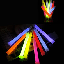 2pcs/Lot  Mixed Color Chemical Glow Stick Camping Emergency Lighting Stick With Hook For Dancing Birthday Wedding Festival Party