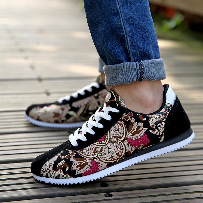 HOT Sale Spring Autumn Men Casual Shoes Fashion Floral Print Male Shoes Lace-up Casual Men Shoes<br><br>Aliexpress