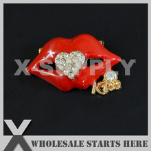 24x38mm Gold Red Lip Metal Rhinestone Brooch with Regular Pin Backing,Used for Party Evening Wedding Dress,Decorations