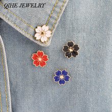 QIHE JEWELRY 4PCS/SET White Pink Red Blue Black Flowers Pins Badge Bag Collar Decorative Accessories Women Fashion Jewelry(China)