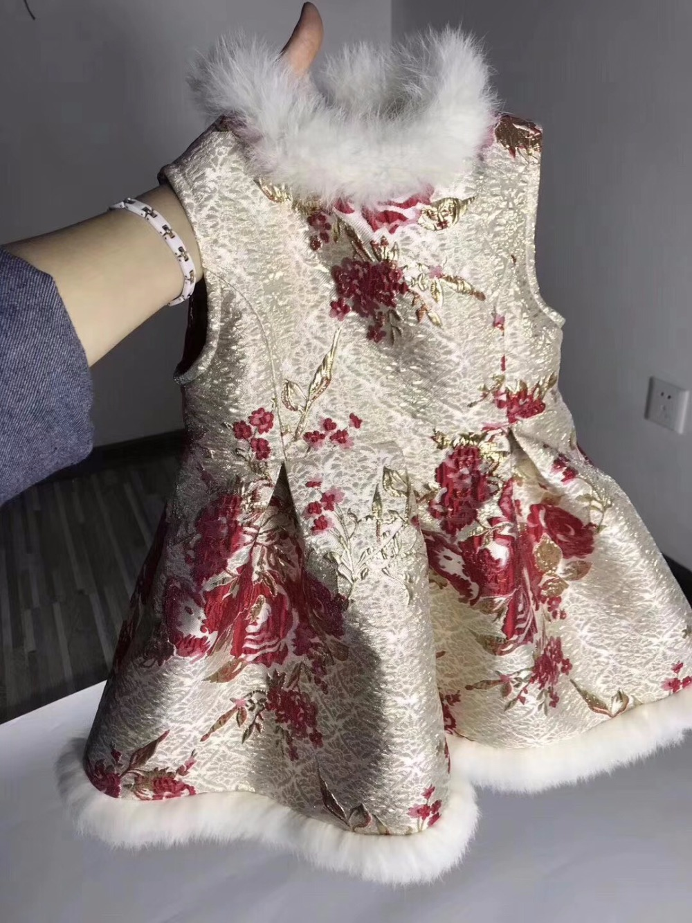 Girls dress new years Chinese style sleeveless overall dress rabbit fur boutique baby girls princess dresses <br>