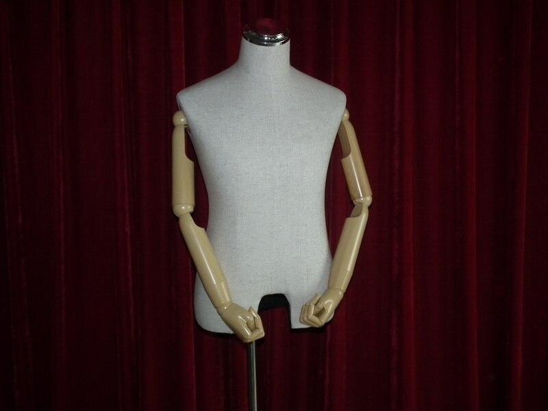 EMI-HLe015A-linen mannequin_02