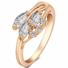 Love Drop Sweet Design Italy Zircon Gold Color White Crystal Jewelry High Quality Rings for Lady Women Gift Elegant Jewelry