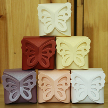 20PCS 6 colors Wedding Decoration Hollow Butterfly Pearl Paper Tiny Candy Box Gorgeous Ring Boxes For Cookies bulk dessert bins