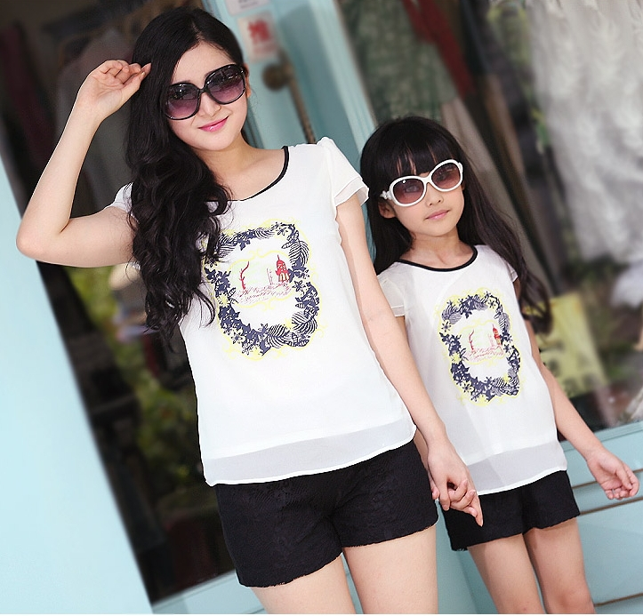 Free Shipping New Girls Clothes Family Summer Girl sets Floral mother daughter set Chiffon T Shirts + Lace Pants 2pcs<br><br>Aliexpress