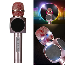 Professional Wireless Karaoke Microphone Singing Mic Player 2 in 1 Bluetooth 4.0 Speaker Mini Magic Handheld Microphone
