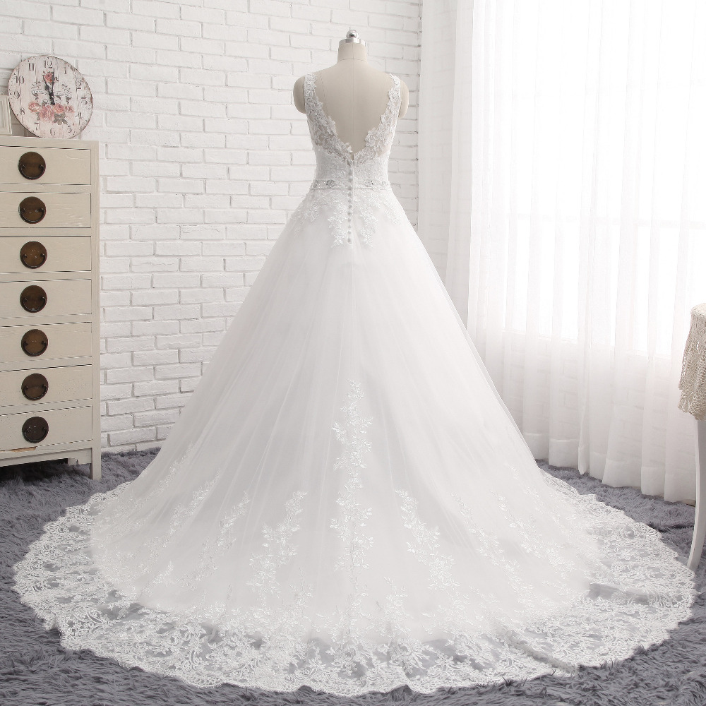 Lover Kiss Vestido De Noiva New Design A Line Lace Wedding Dress V Neck Beaded Sash Backless Sexy Vintage Gowns Wedding Dress 3