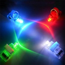 100 Pcs / Lot LED Finger Lights Ring Glowing Color Laser Emitting Lamps Finger Light Magic Trick Wedding Birthday Party Decor
