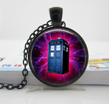 1 pc Free shipping Tardis Dr who Gunmetal finish necklace tardis Jewelry Time Machine Police box Space pendant NecklaceC12 HZ1