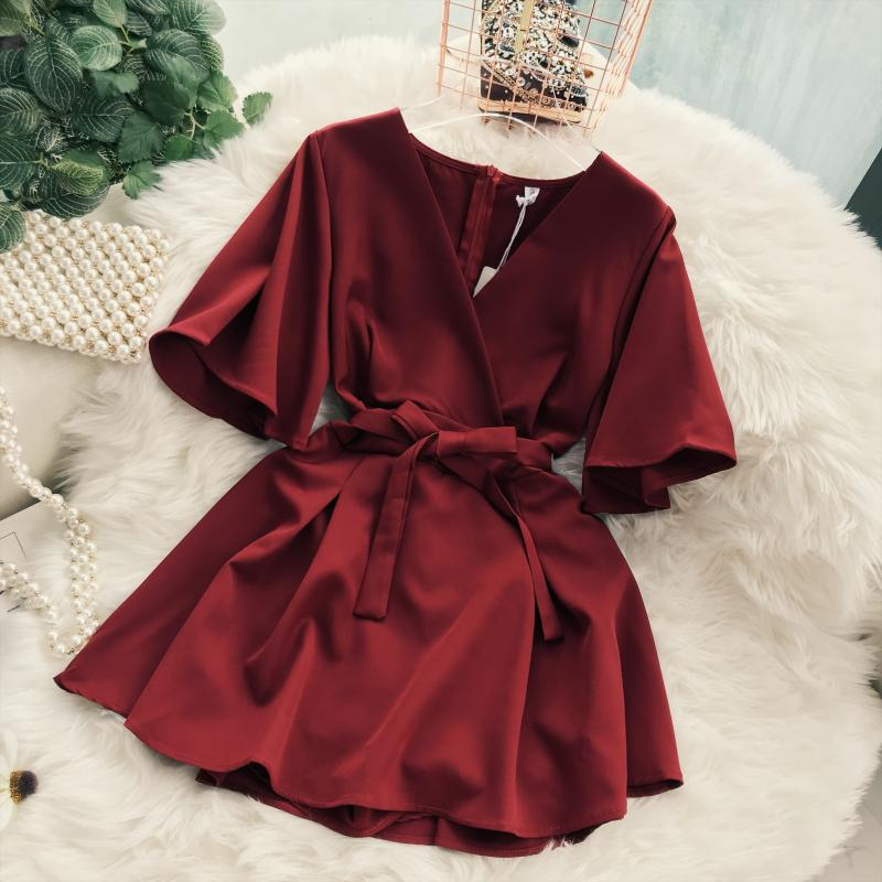 2018 Summer Jumpsuit Woman Pure Color Temperament V Collar Short Sleeve High Waist Slim Playsuits Ladies Playsuit 38