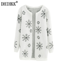 DHIHKK 2017 Autumn and  winter Female Sweater Coat  Snowflake pattern Long Round Collar Knit Cardigan Women Sweater