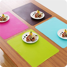1pcs Multifunctional Soft Waterproof Fadeless Table Mats Silicone Place Mats Heat Resistant Non Slip Table Mats 30*40cm 2017 New