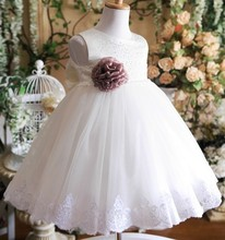 2017 perfect angel White princess girl taffeta communion dresses sequin picture crystal flowergirl dress de cardigan sleeveless