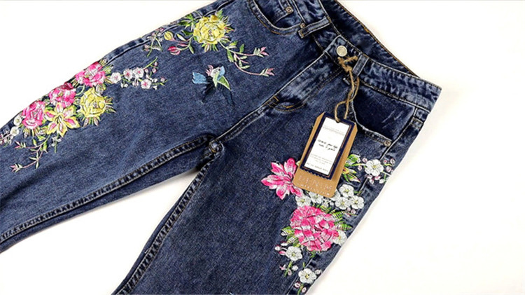 2018 Women's Three-dimensional 3D Heavy Bird Flower Embroidery High waist Slim Straight jeans Large yards (12)