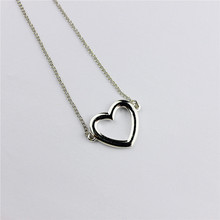 Hot new popular female jewelry wholesale, girls birthday party, beautiful heart pendant necklace, Gift agent shipping