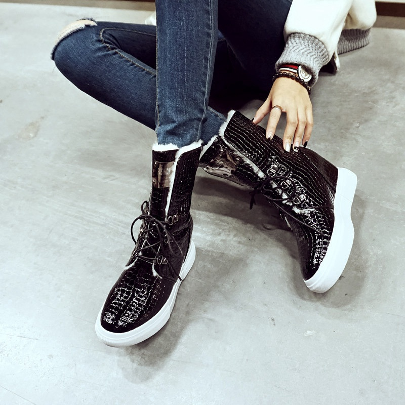 Winter New Fashion Black Embossed Cowhide Round Toe Increased Inner Crossed Lace-up Snow Boots Women Comfortable Padded Shoes<br><br>Aliexpress