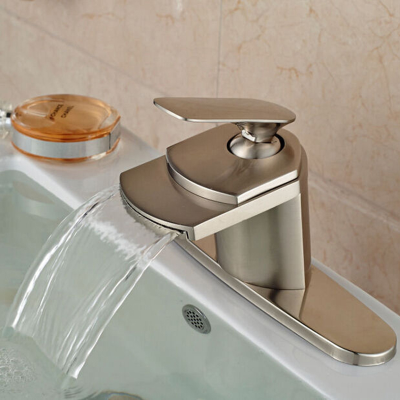 Single lever bathroom faucets