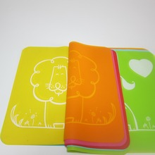 Hot cute kid unisex baby boys girls silicone coasters mat  Rectangle  Placemats Heat Resistant Non Slip Table Mats 8 colors