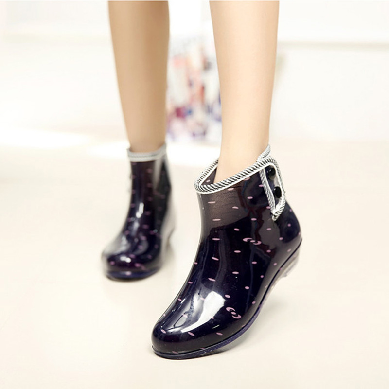SexeMara Brand 2017 Classic Polka Dot Rain Boots Waterproof Women Martin Boots Jelly Shoes Non-slide Ankle Boots Botas Mujer<br><br>Aliexpress