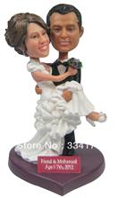Personalized bobblehead doll carry me wedding gift wedding decoration fixed polyresin body + polyresin head Custom doll