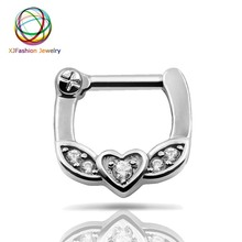 Septum clicker Nose piercings 1pc 316L Stainless Steel Septum Clicker Hinged Leaf Heart Clear CZ Nose Ring Jewelry Gauges