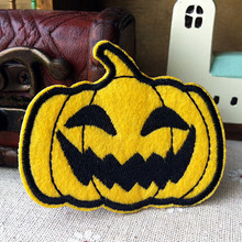 Wholesale Pumpkin lamp halloween fabric clothes embroidery patch cartoon clothing 300pcs/lot Free shipping(China)