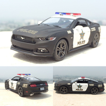 New 1:38 Ford 2006 Mustang GT Police Diecast Alloy Car Model With Pull Back Vehicle Car Toy For Kids Gifts Toy Collection(China)