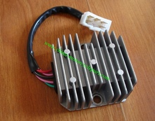 Scooter Moped ATV GY6 125 150 cc 152QMI 157QMJ Voltage Regulator Rectifier DC Full wave 1 flat plug , 5 wire , for 8 pole Stator