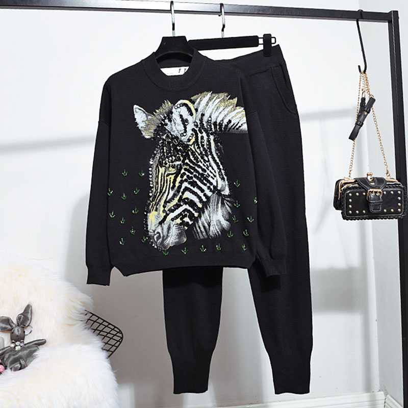 2018 New Fashion Autumn and Winter Women's Cartoon Printed Sequins Long-sleeved Sweater + Leisure Pants Female Two Ipieces Suit