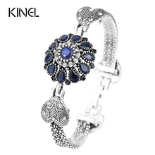 Hot 2017 New Vintage Jewelry Fashion Silver Blue Bracelet For Women Crystal Flower Bracelet Cuff Parfumes Women(China)