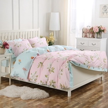 100% Cotton  Wood Button Pink Floral Printed King Queen Duvet Cover Set with 1 duvet cover 2 pillow cases 1 flat sheet