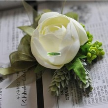 6pcs Silk Artificial Camellia Rose Bride Boutonniere Corsage Wrist Bracelet Flower Wedding Church Decor White Green