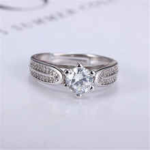 New fashion size adjustable inlay cubic zirconia female money silver six claw ring(China)