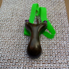 Powerful Sling Shot Wooden Slingshot Camouflage Bow Catapult Outdoor Hunting Flat Elastic Rubber Band Catapult