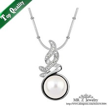 New Arrival Fashion Rhinestone Pendant Necklaces Designer Pearl Necklace Free Shipping